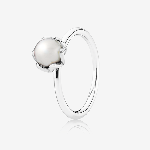 Silver ring with white freshwater cultured pearl image number null