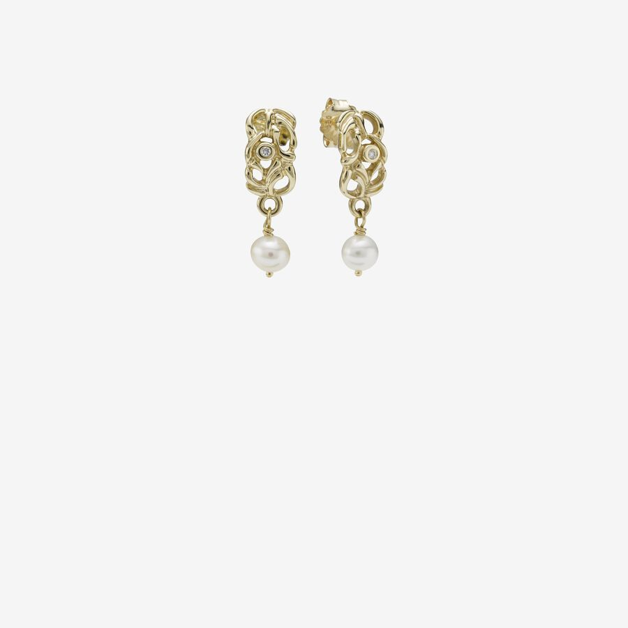 Gold earring, pearl, 0.04ct TW h/vs diamonds image number 0